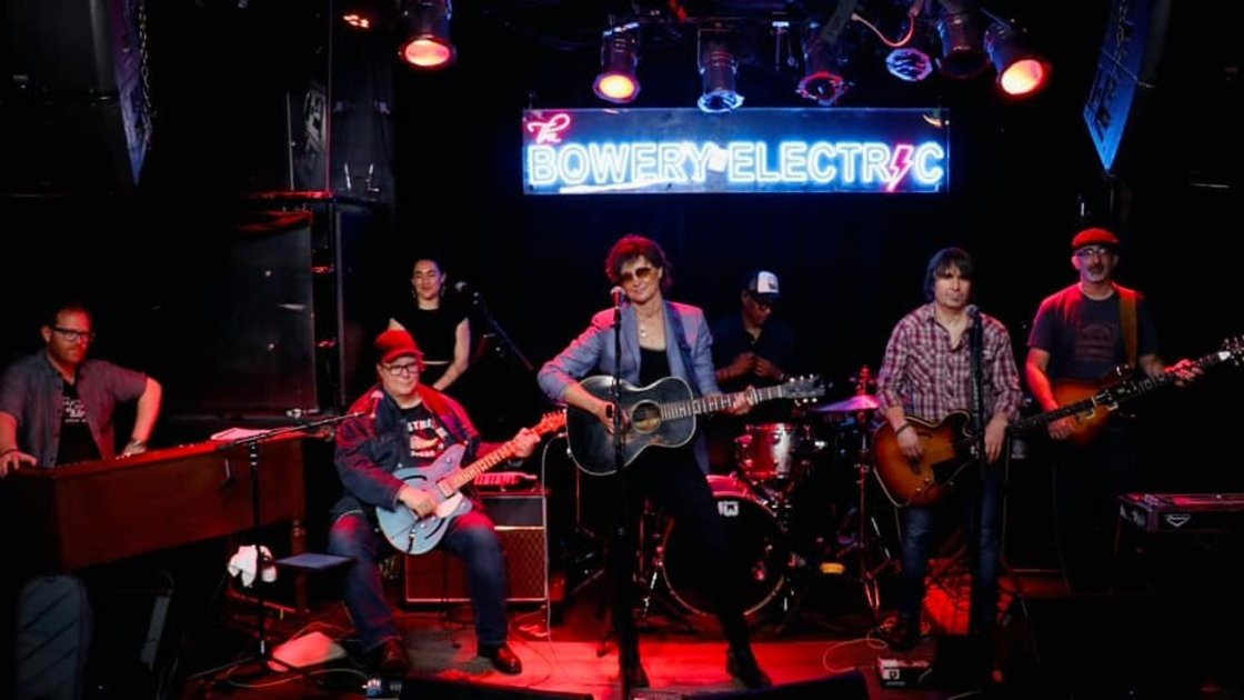Streaming Live Album Release Show with Annie Keating
