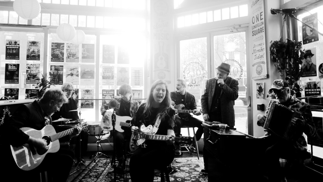 SESSION AMERICANA with Ali McGuirk